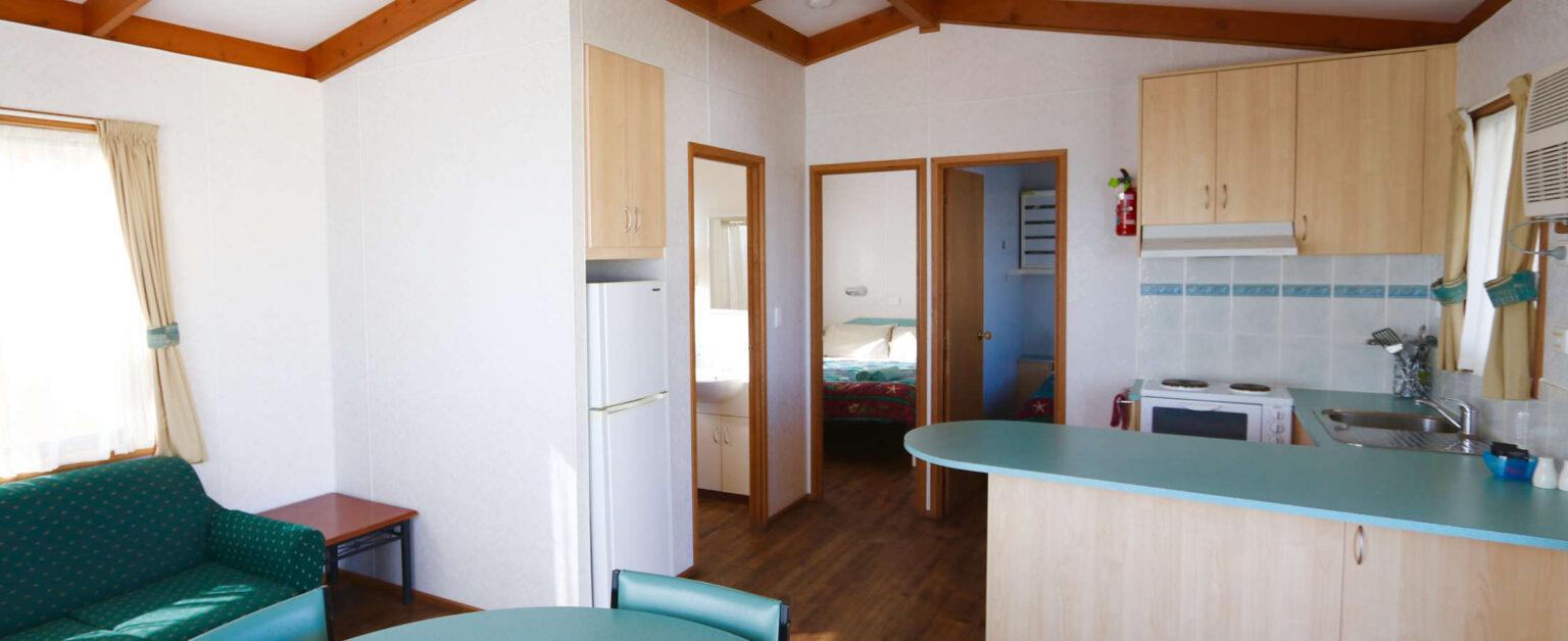 ocean-view-deluxe-cabin-interior-3